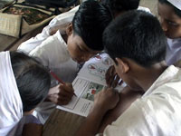 Watsan kit being used by young students